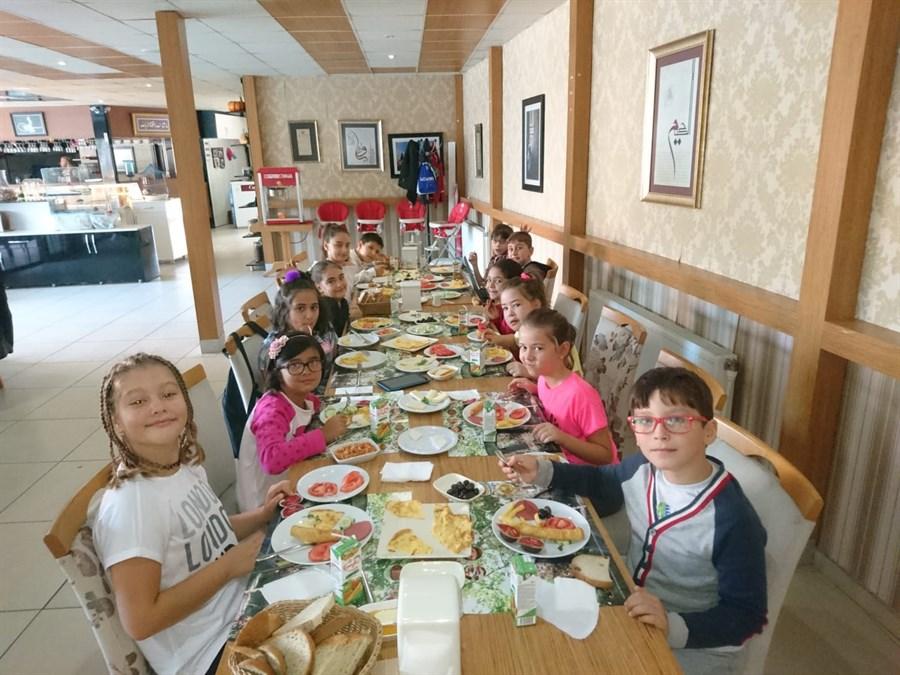 Sınıf Kahvaltısı